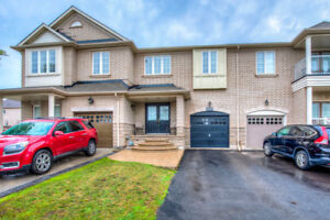 Oakville Joshua Creek 3Br Townhouse Available for Lease