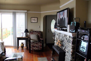 PICTURE YOURSELF HERE! Downtown-West End Greater Vancouver Area image 5