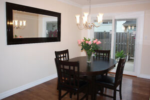 Absolutely Stunning 4Bdrm House @ Hurontario/ Queensway Near UTM
