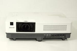 Projector Sanyo PLC-XK2200 HDMI