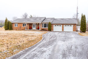 Country bungalow on 2 acres! JESSICA YATES