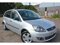 FORD FIESTA ZETEC CLIMATE 1.4 5 DOOR*LOW MILEAGE*1 LADY OWNER*AIR CON*ALLOYS*