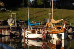 23 foot sailboat (Sea Sprite/Weekender) for sale