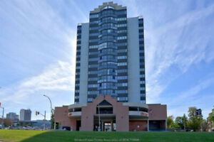 Water Front Condo for Rent(515 Riverside Drive W)