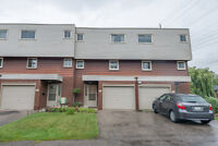 Nice townhouse in Dundas perfect for first time or Rental