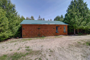 4500 sq ft Country Oasis Home on 42 Acres, 3 acre Lake! London Ontario image 5