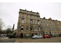 2 bedroom flat in Cornwallis Place, Canonmills, Edinburgh, EH3 6NG