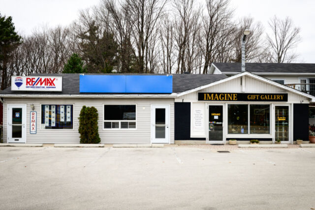 ***Your New Food Take Out Business in Sauble Beach, Ontario.***