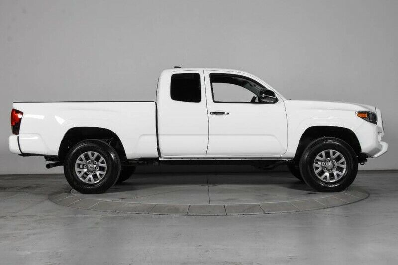 Image 7 Voiture American used Toyota Tacoma 2019