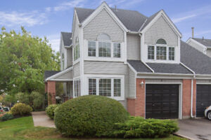 O/H SUNDAY 2-4! Maintenance free town home in Chicopee area!
