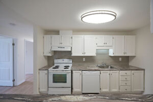Absolutely Beautiful- 2 Bdrm Condo- 5 Appliance- complete reno St. John's Newfoundland image 2