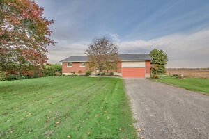 FOR SALE - 21524 QUEENS LN  NEAR RODNEY London Ontario image 1