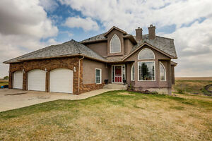 Fully Developed Walkout just East of Airdrie