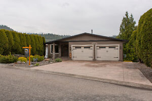 FOR SALE: 1795 Sonora Drive, Kelowna, V1Y 8G2
