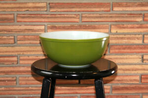 Large Green Pyrex Bowl