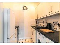1 bedroom flat in Stewart Terrace, Edinburgh, EH11