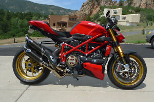 WANTED, Ducati Streetfighter 1098. 2010 and Newer.