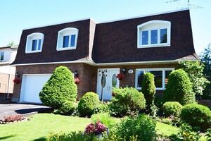 Beautiful large home in Dollard des Ormeaux DDO prime WESTPARK