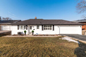 O/C 2+2 Bdrms Ranch Bungalow For Sale