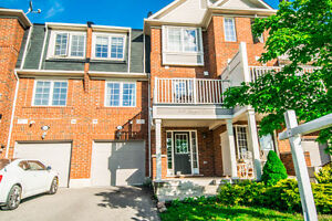 Beautiful Home Fronting Park!! Freehold Townhome in MIlton