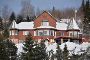 Chalet a louer/for rent-Tremblant area