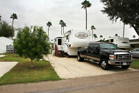 2007 Grand Junction 5th Wheel & 2008 F350 Ford, Dually, Diesel