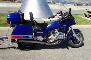 1985 Honda Goldwing Aspencade & trailer