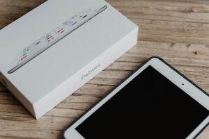 EN BON ÉTAT - iPad Mini 2 de Apple, 32 Go