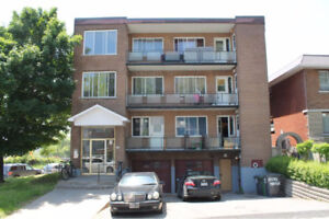 NICE 3.5 NDG/CONCORDIA FOR RENT !!!!REDUCED!!!