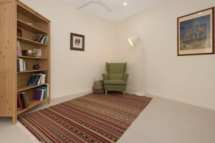 Fully Self Contained Executive Penthouse Apartment - Must Be Seen