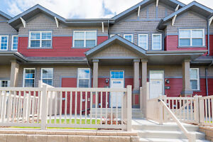 Stunning Townhouse Style Condo with Immaculate Finishes!
