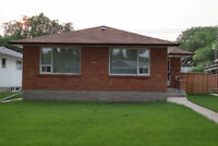River Heights Bungalow - prime location