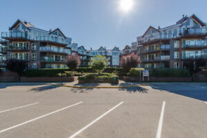 2 Bed/1 Bath Lakeview Condo in Harrison Hot Springs