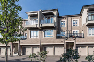 Modern & Luxurious Condo Town in Maple! 9621 Jane St, Unit 17
