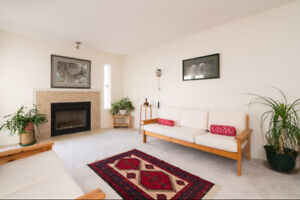 LARGE FAMILY TOWNHOUSE - GUILDFORD