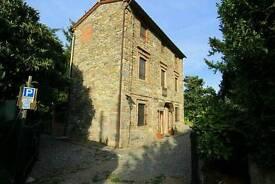 House Tuscany £380.000