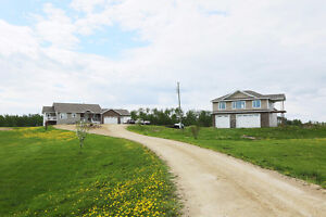 Executive Walkout Bungalow on 10+ Acres with Huge Shop&Full Loft