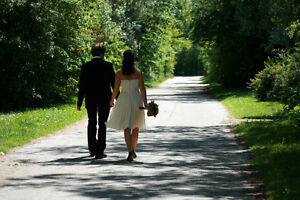 Wedding Celebrant & Licensed Officiant Peterborough Peterborough Area image 4