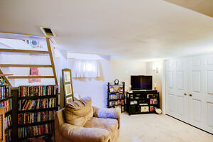 Starting out or Downsizing? Stratford Kitchener Area image 5