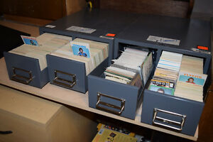 Hockey Cards late 60's 70's and some 80's (about 3500 cards)