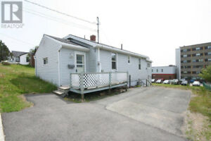 OPEN HOUSE 11 Valley St. Sunday July 22nd 1:15 to 2:30