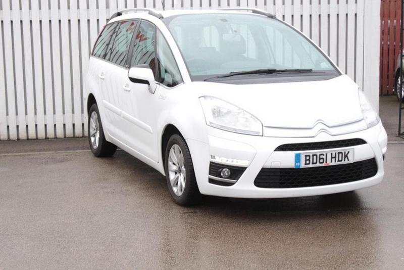 citroen c4 grand picasso 1 6 hdi vtr 5 door white 2011 in bletchley buckinghamshire gumtree. Black Bedroom Furniture Sets. Home Design Ideas
