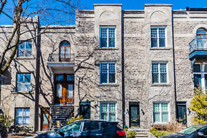 WESTMOUNT - RENOVATED VICTORIAN STYLE TOWNHOUSE
