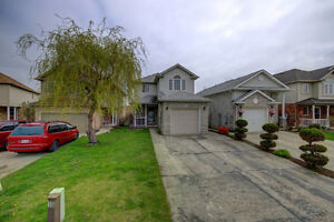 HOME 4 SALE 74 Chateau Cres, Cambridge. OPEN HOUSE THIS WEEKEND