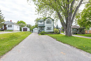 FOR SALE- Two-Story Detached Home On Huge Lot in Holland Landing