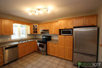 This Beautiful  3 Bedroom townhouse is located in Dieppe