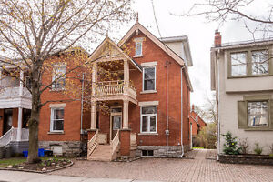 Gorgeous Glebe Home - 3 bed / 3 bath / fully renovated!