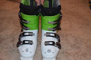 ALPINA race fit boot