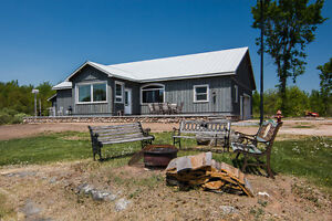SMRT- 182 Acres, Beautiful Bungalow, Private, North of Kingston