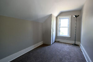 ALL INCLUSIVE- 3 bdrm duplex for rent Belleville Belleville Area image 6